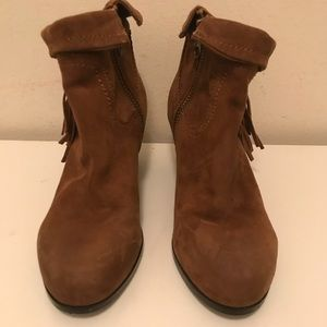 Sam Edelman women's Brown leather short boot size